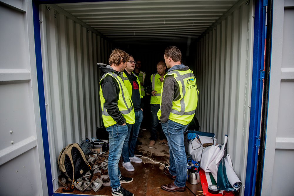 container1.jpg